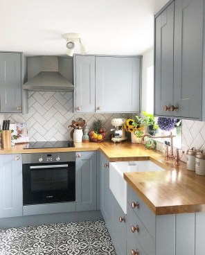 Adorable Small Kitchen Design Ideas For You 33