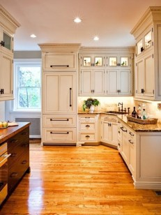 Affordable Traditional Kitchen Ideas To Try Right Now 39
