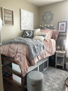 Beautiful Dorm Room Organization Ideas To Try Asap 07