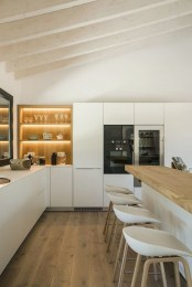 Cool Kitchens Design Ideas For Small Spaces 37