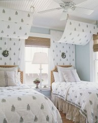 Creative Twin Beds Decoration Ideas For Your Twin Girls 02