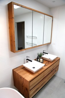 Excellent Wooden Bathroom Designs Ideas To Try 16