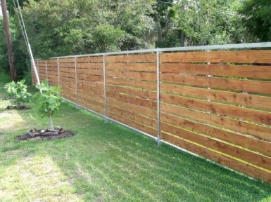 Hottest Fence Design Ideas That You Can Try 25