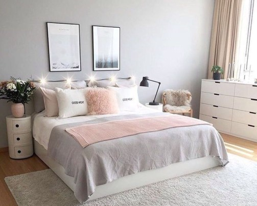 Lovely Bedroom Decoration Ideas That Inspire You 32
