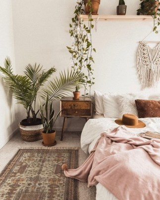 Lovely Bedroom Decoration Ideas That Inspire You 33