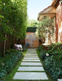 Newest Green Grass Design Ideas For Front Yard Garden 08