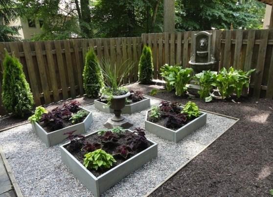 Newest Green Grass Design Ideas For Front Yard Garden 37