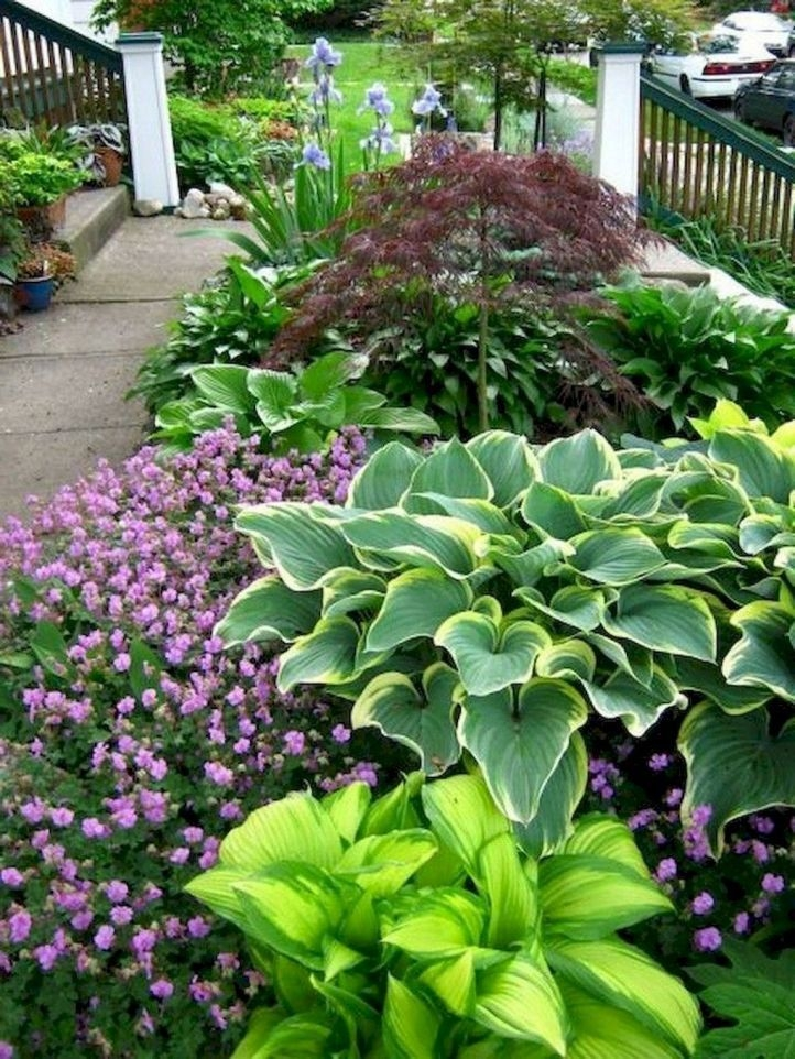Pretty Front Yard Landscaping Design Ideas For You 34
