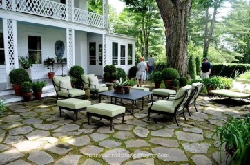 Smart Garden Patio Flooring Ideas To Try 14