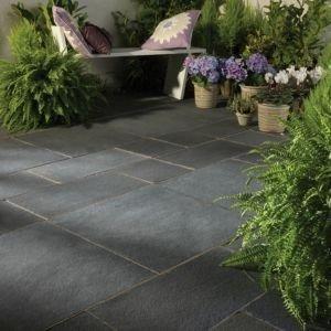 Smart Garden Patio Flooring Ideas To Try 16