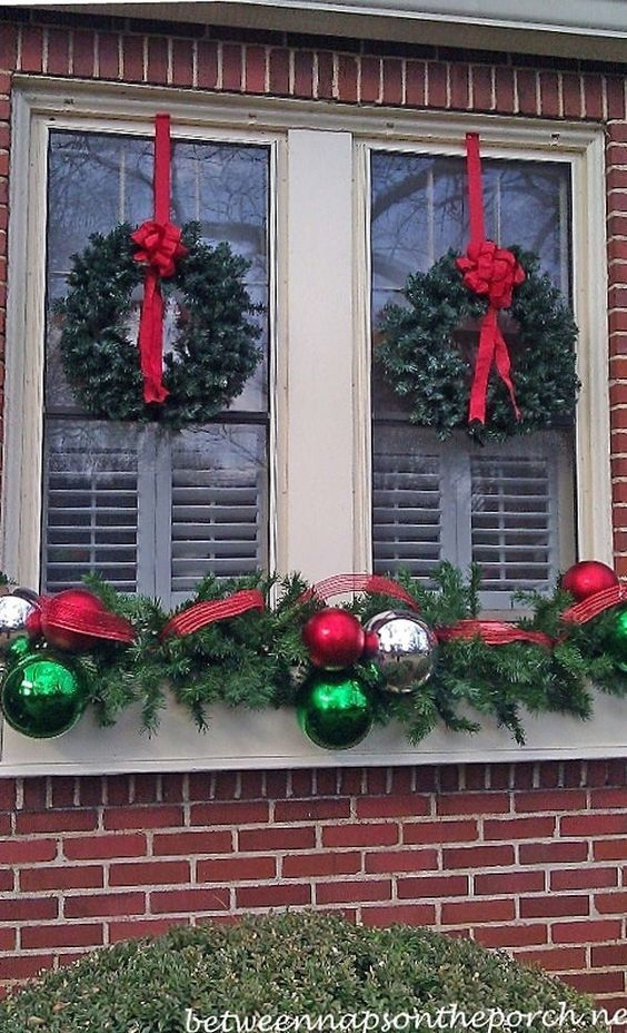 03Rustic Christmas Design Ideas For Your Apartment Décor To Try