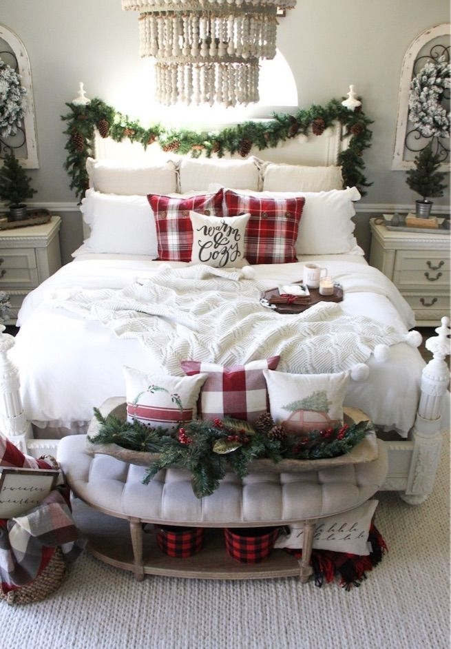 28Rustic Christmas Design Ideas For Your Apartment Décor To Try