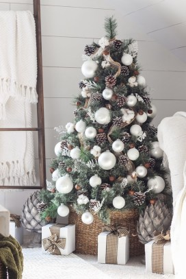 33Rustic Christmas Design Ideas For Your Apartment Décor To Try