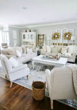 Admiring Living Room Design Ideas To Enjoy The Fall 36