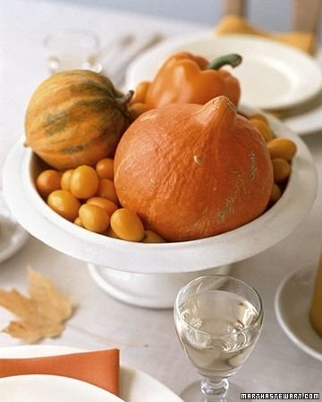 Admiring White And Orange Pumpkin Centerpieces Ideas For Halloween 22