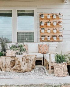 Adorable Fall Diy Decorating Ideas For Patio To Try 23