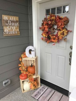 Adorable Fall Diy Decorating Ideas For Patio To Try 36