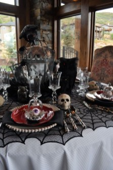 Best Halloween Party Décor Ideas For Dining Table 10