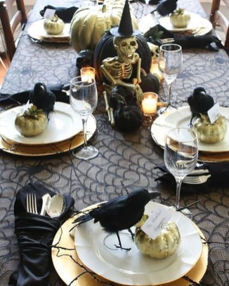 Best Halloween Party Décor Ideas For Dining Table 16