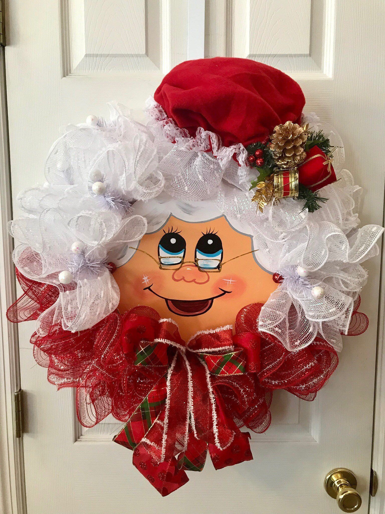 Captivating Diy Front Door Design Ideas For Special Christmas To Try 01