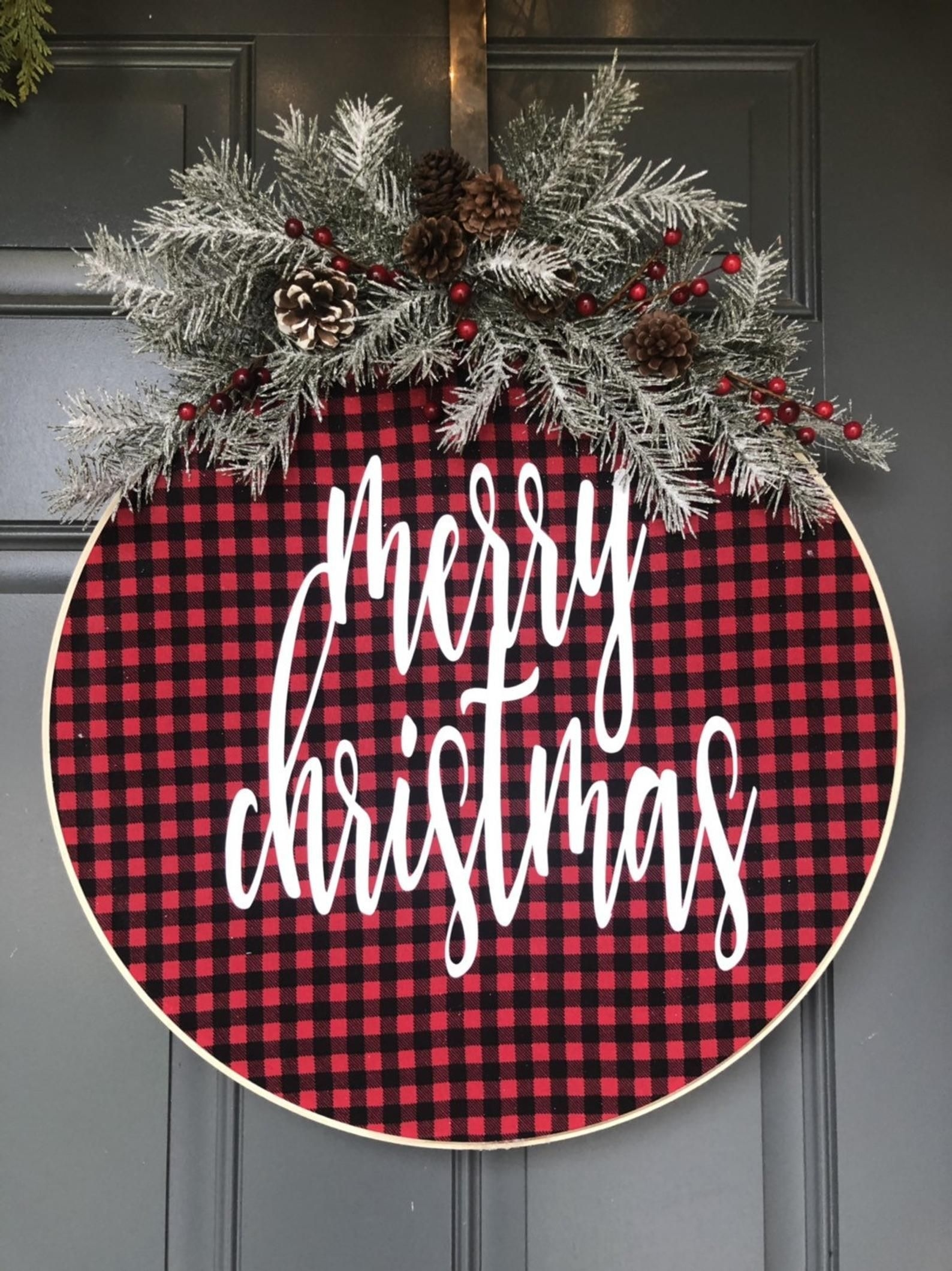 Captivating Diy Front Door Design Ideas For Special Christmas To Try 20