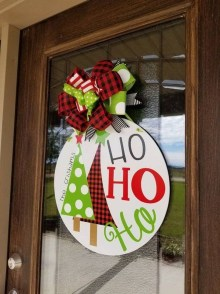 Captivating Diy Front Door Design Ideas For Special Christmas To Try 39