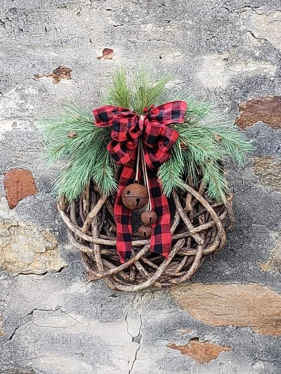 Captivating Diy Front Door Design Ideas For Special Christmas To Try 49