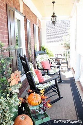 Casual Diy Outdoor Halloween Decor Ideas For Your Frontyard 10