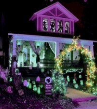 Casual Diy Outdoor Halloween Decor Ideas For Your Frontyard 12