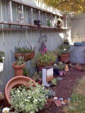 Casual Diy Outdoor Halloween Decor Ideas For Your Frontyard 15