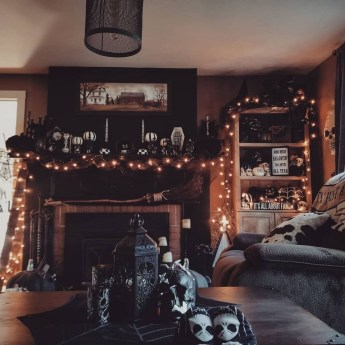 Chic Halloween Home Décor Ideas To Your Inspire You 18