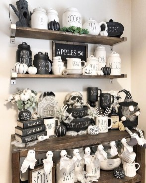 Chic Halloween Home Décor Ideas To Your Inspire You 24