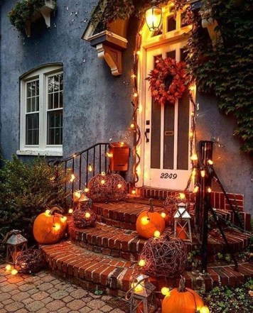 Chic Halloween Home Décor Ideas To Your Inspire You 44