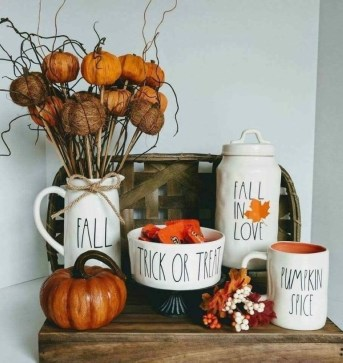 Creative Diy Decor Ideas To Welcome Autumn That Looks Cool 18
