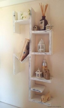 Cute Home Decor Ideas With Wooden Pallet That Looks Amazing 13