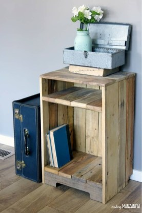 Cute Home Decor Ideas With Wooden Pallet That Looks Amazing 34