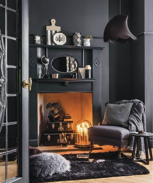Delicate Living Room Design Ideas With Fireplace To Keep You Warm This Winter 06