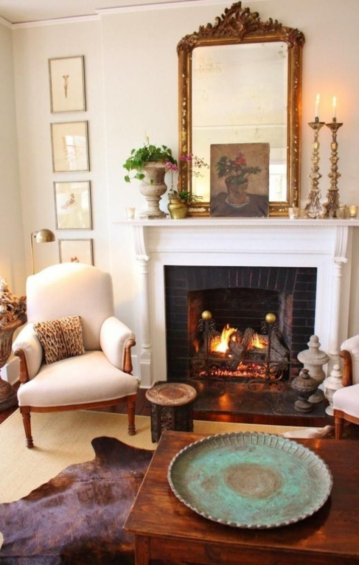 Delicate Living Room Design Ideas With Fireplace To Keep You Warm This Winter 12