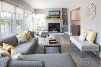 Delicate Living Room Design Ideas With Fireplace To Keep You Warm This Winter 18