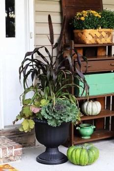 Enchanting Backyard Deck Ideas For Autumn To Try Asap 39