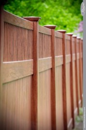 Extraordinary Front Yard Fence Design Ideas With Wood Material For Small House 41