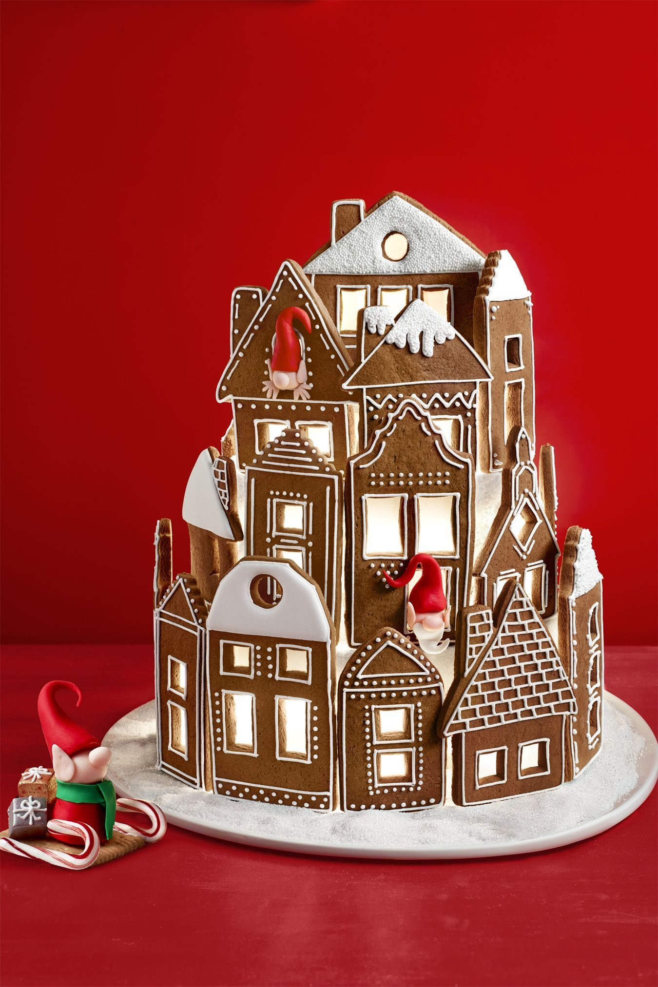 Fantastic Diy Gingerbread House Ideas For Your Décor To Try Asap 10