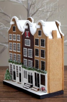 Fantastic Diy Gingerbread House Ideas For Your Décor To Try Asap 11