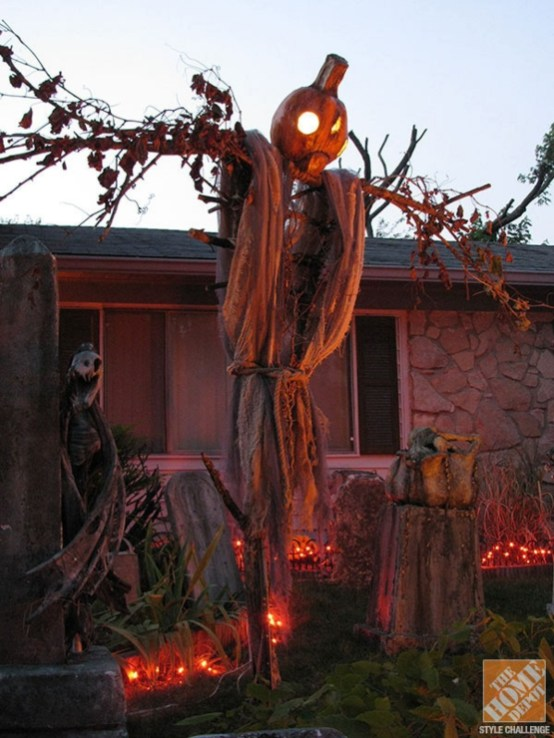Favored Halloween Diy Pallet Outdoor Decor Ideas To Inspire You 40