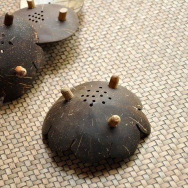 Perfect Diy Coconut Shell Ideas For Everyonen That Simple To Try 40