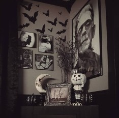 Relaxing Diy Halloween Living Room Decoration Ideas To Try 43