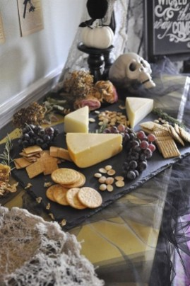 Rustic Halloween Party Decoration Ideas To Try Now 25