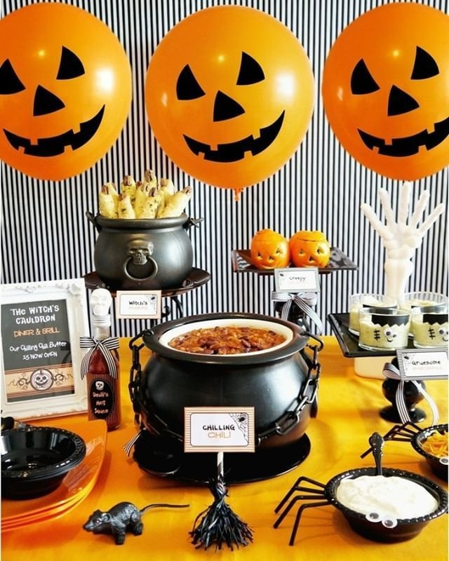 Rustic Halloween Party Decoration Ideas To Try Now 39