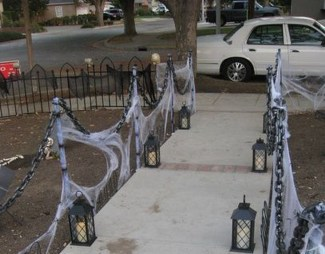 Superb Front Yard Halloween Decoration Ideas To Try Asap 05