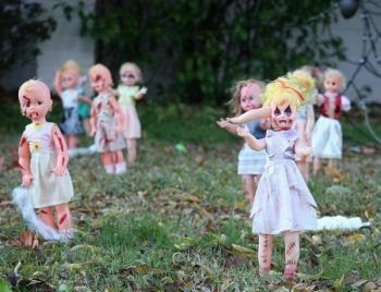 Superb Front Yard Halloween Decoration Ideas To Try Asap 44